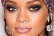 Rihanna statistics