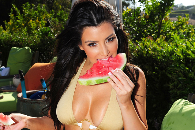 kim kardashian eating water melon