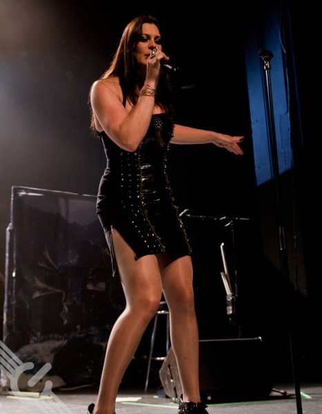 Floor Jansen Height Weight Body Measurements Celebrity Stats