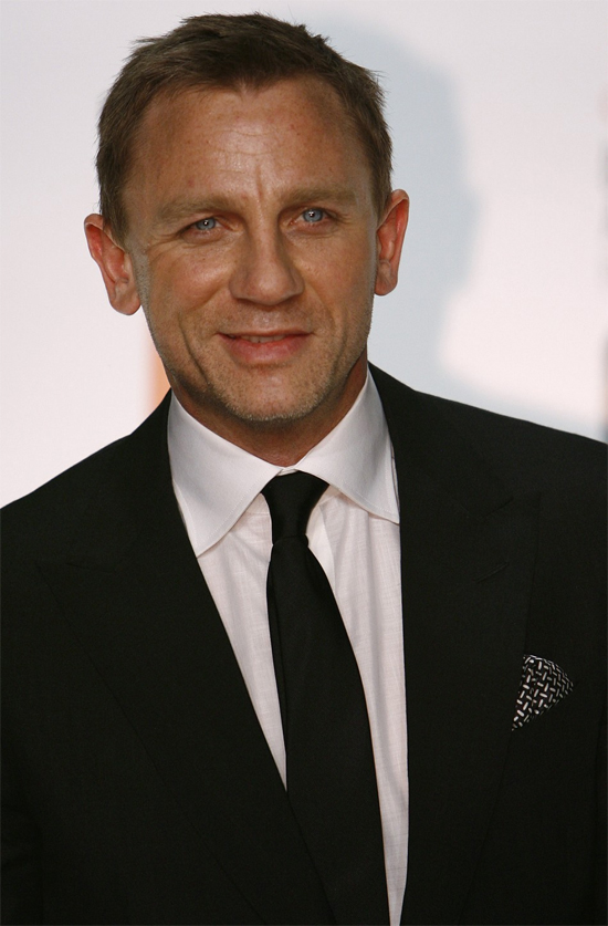 Daniel Craig Height Weight Body Measurements | Celebrity Stats
