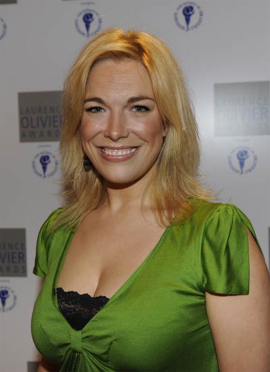 Hannah Waddingham Height